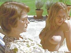 Europea casero mexicano amateur lesbianas con puños .