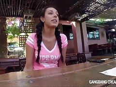 Tiny4k jugoso en el día de San Valentín xxx amateur mexicano