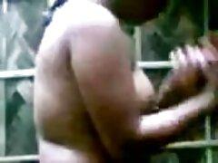Chick-haciendo stripper delante de un xxxvideoscaserosmexicanos adulto CAM gratis